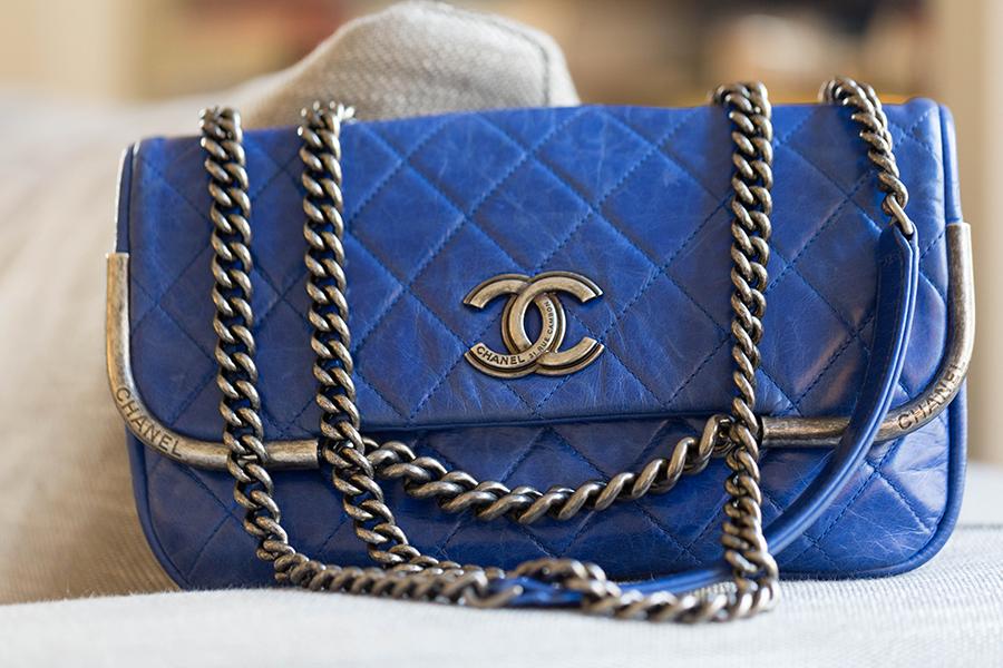Chanel Bleu electrique location de sac paris 16eme